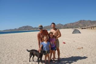 A little family photo on the beach - we left for Los Cerritos an hour or so later.